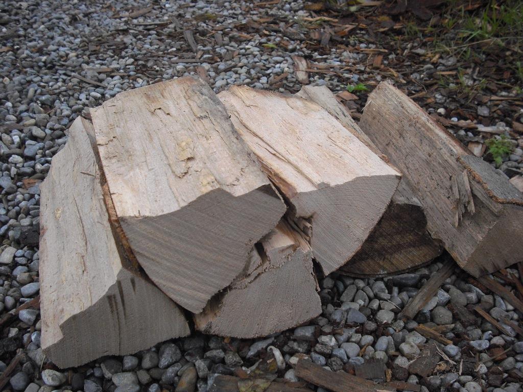buchenholz 33cm gefr st und gespalten trocken gelagert brennholz shop. Black Bedroom Furniture Sets. Home Design Ideas